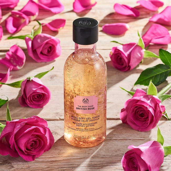 Shop the latest @stlkeditors in The Body Shop, British Rose Shower Gel