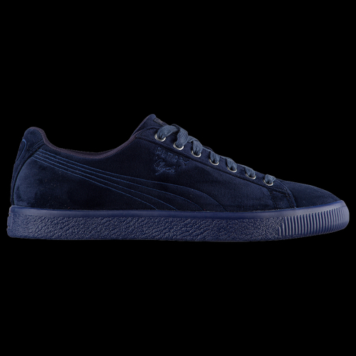 Get that classic PUMA style in these men's Clyde Velour Ice kicks. The premium velvet upper layered on premium leather detailing is eye-catching, making this sneaker a must-have in your collection. Rich velvet upper using the classic silhouette as the base. Luxe velour is layered on and iced with premium leather detailing on the formstripe, tongue and heel. Served on top of an icy sole, matching thick laces top it off. Rubber outsole offers traction and durability.